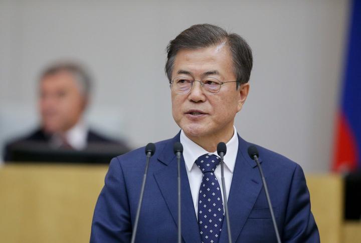 文在寅的執政迅速讓自由主義在南韓民眾眼中破產。//圖片來源:公共領域