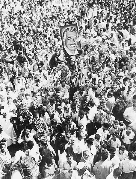 Protests against Nassers resignation 1967