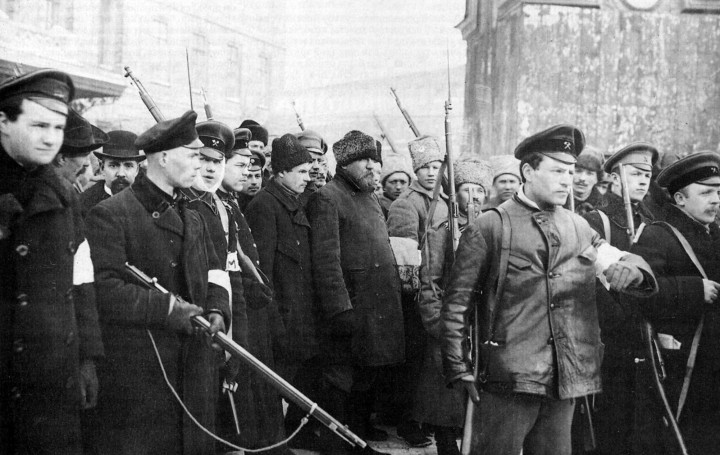 Patrol of the October revolution Image public domain