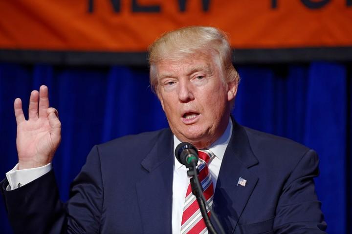 Trump blinks economy Image Michael Vadon