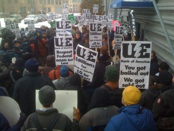 USA: Workers Occupy Chicago Factory (Photo by Scott Marshall)