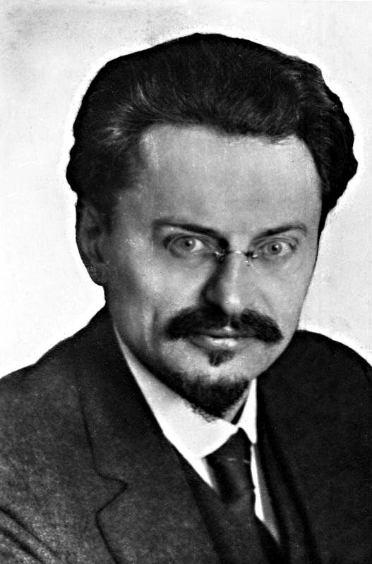 Leon Trotsky. Photo: Bundesarkiv