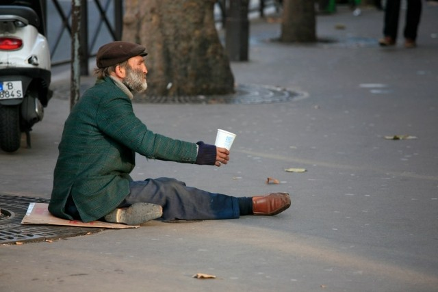 A Homeless Man in Paris Photo Alex Proimos commons.wikimedia.orgwikiFileThe Homeless Paris.jpg