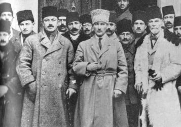 ataturk-and-the-young-turks