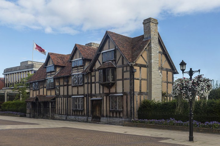 Shakespeares Birthplace Stratford upon Avon Image Diliff