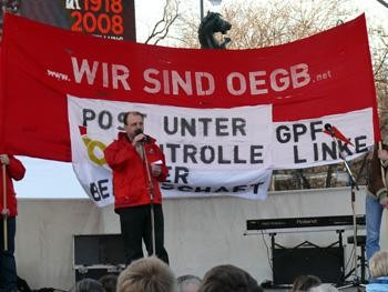 Christian Kenndler, a well known trade union activist, postal worker shop steward and active supporter of the Marxist Tendency, made it very clear that the role of the trade unions is to prepare for the future struggles.