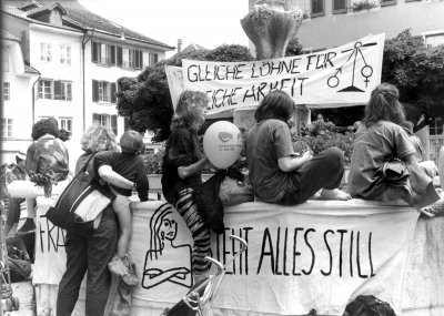 The womens strike in 1991 involved 500000 people Image Sozialarchiv