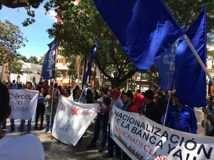 Agitación de distintas fuerzas revolucionarias exigiendo medidas contundentes para detener el golpe de Estado imperialista