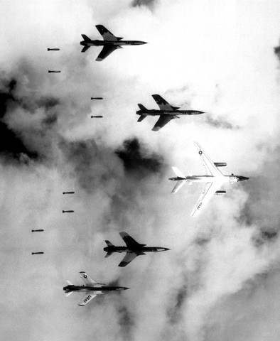 bombing north vietnam large