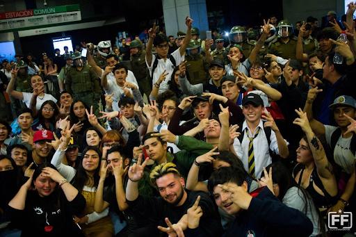 Chile fare strike 4 Image Frente Fotografico