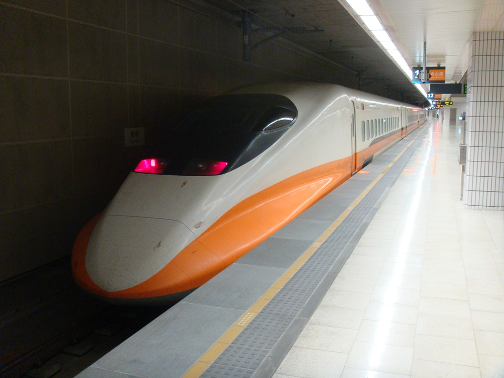 Highspeed Train produced in Taiwan - Phono: Mailer_Diablo