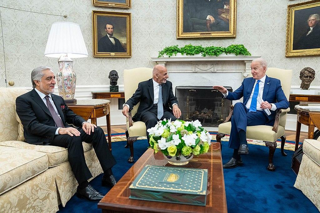 在大量關於戰鬥到底的英勇措辭之後,大多數阿富汗政府高官要麼像總統加尼(如圖)一樣逃離,要麼轉而加入塔利班政府。//圖片來源:公共領域