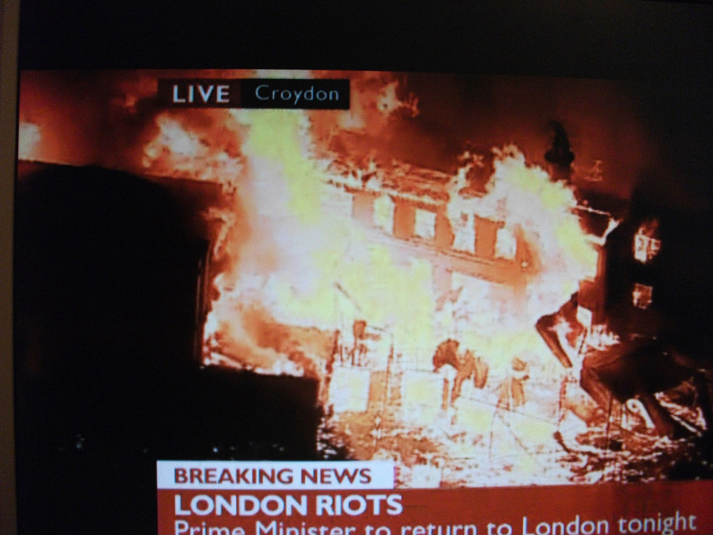 BBC on Croydon riots (Photo: Carlos62)