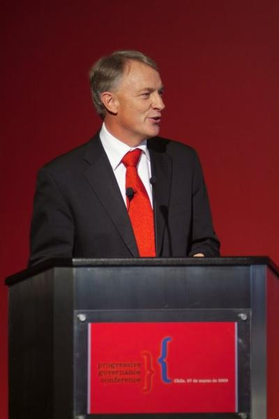 The election defeat promted no self-criticism among the leadership of the Labour Party who proceeded to elect right-winger Phil Goff (above) to leader. Photo by policy netowrk.