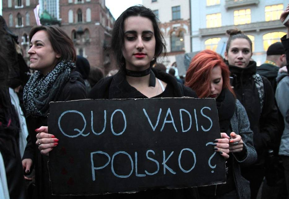 Black Protest in defence of womens rights Kraków. Image naszemiasto