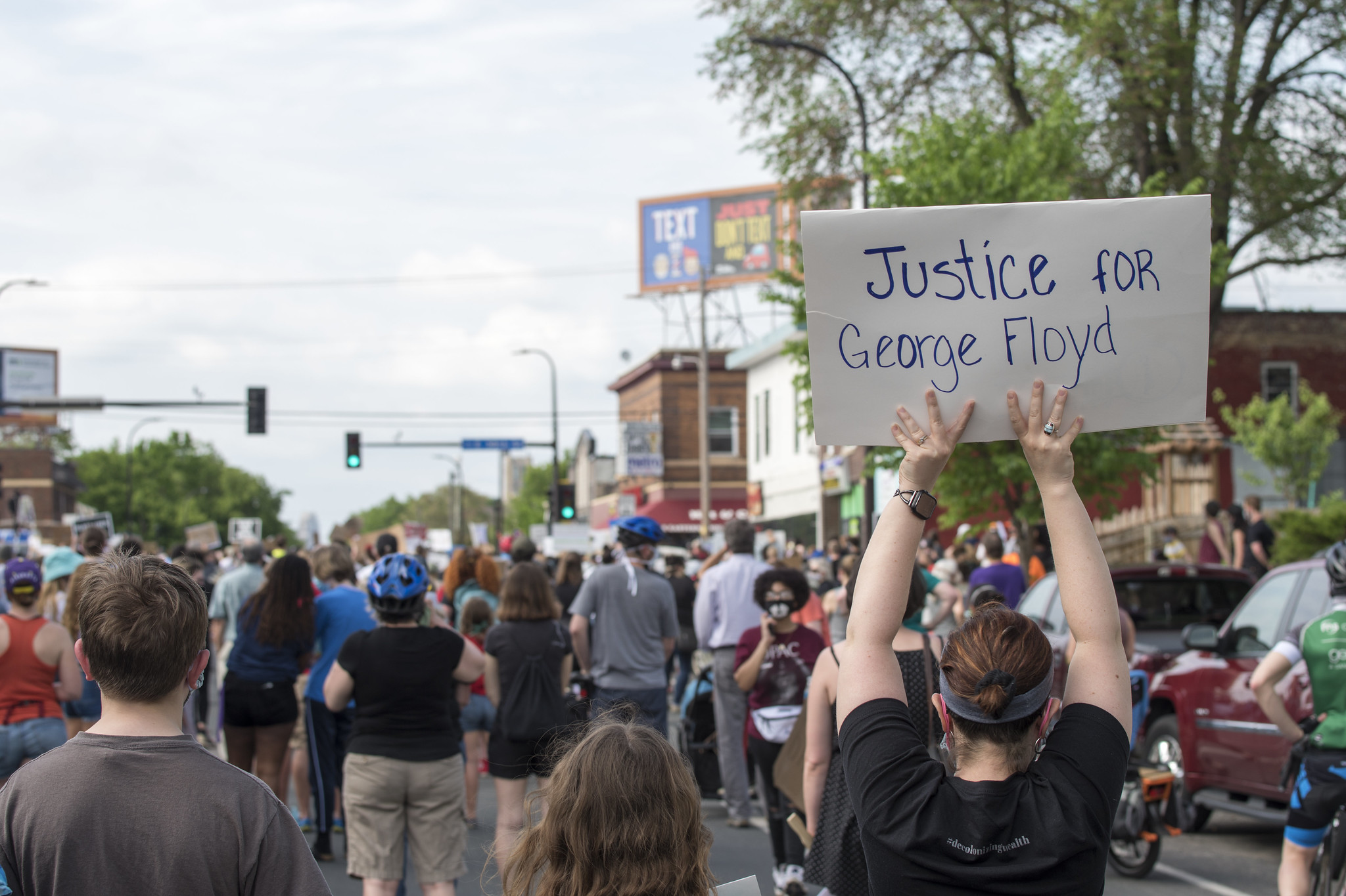 USA: anger explodes at police murder in Minneapolis