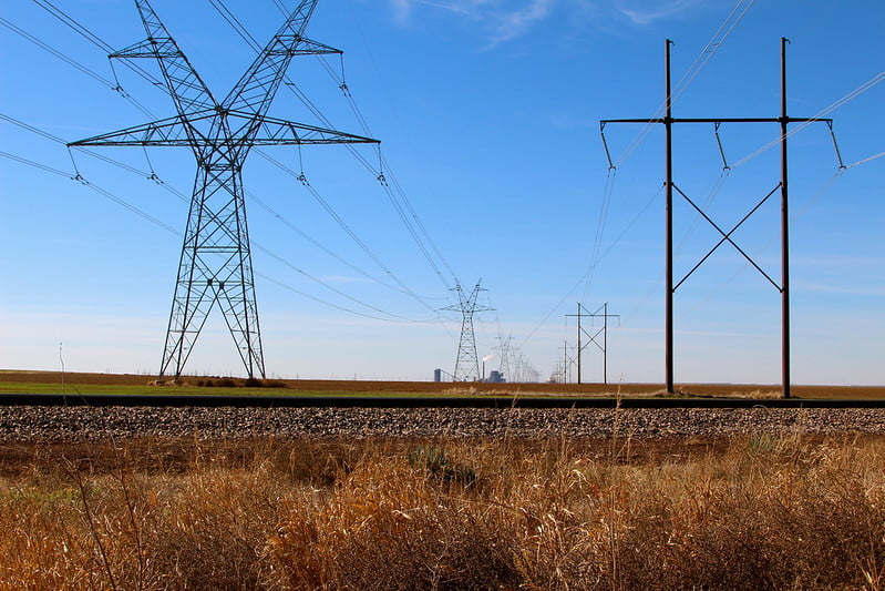 Texas Power Line Image Roy Luck
